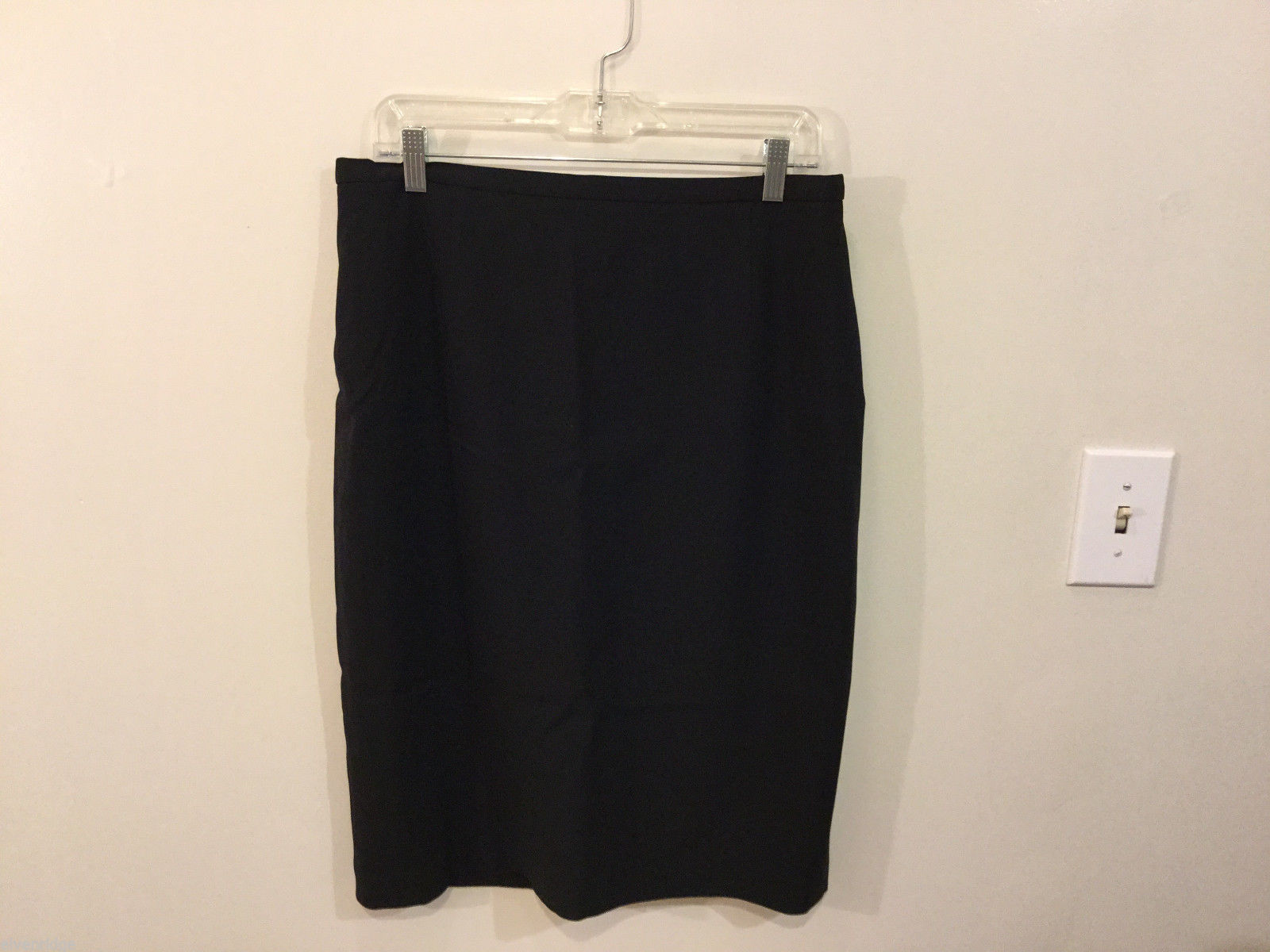 Feraud black pencil skirt lined, Size 12