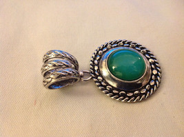 Emerald Colored Stone Scarf Pendant Silver Tone Round  3 Inches Long image 2