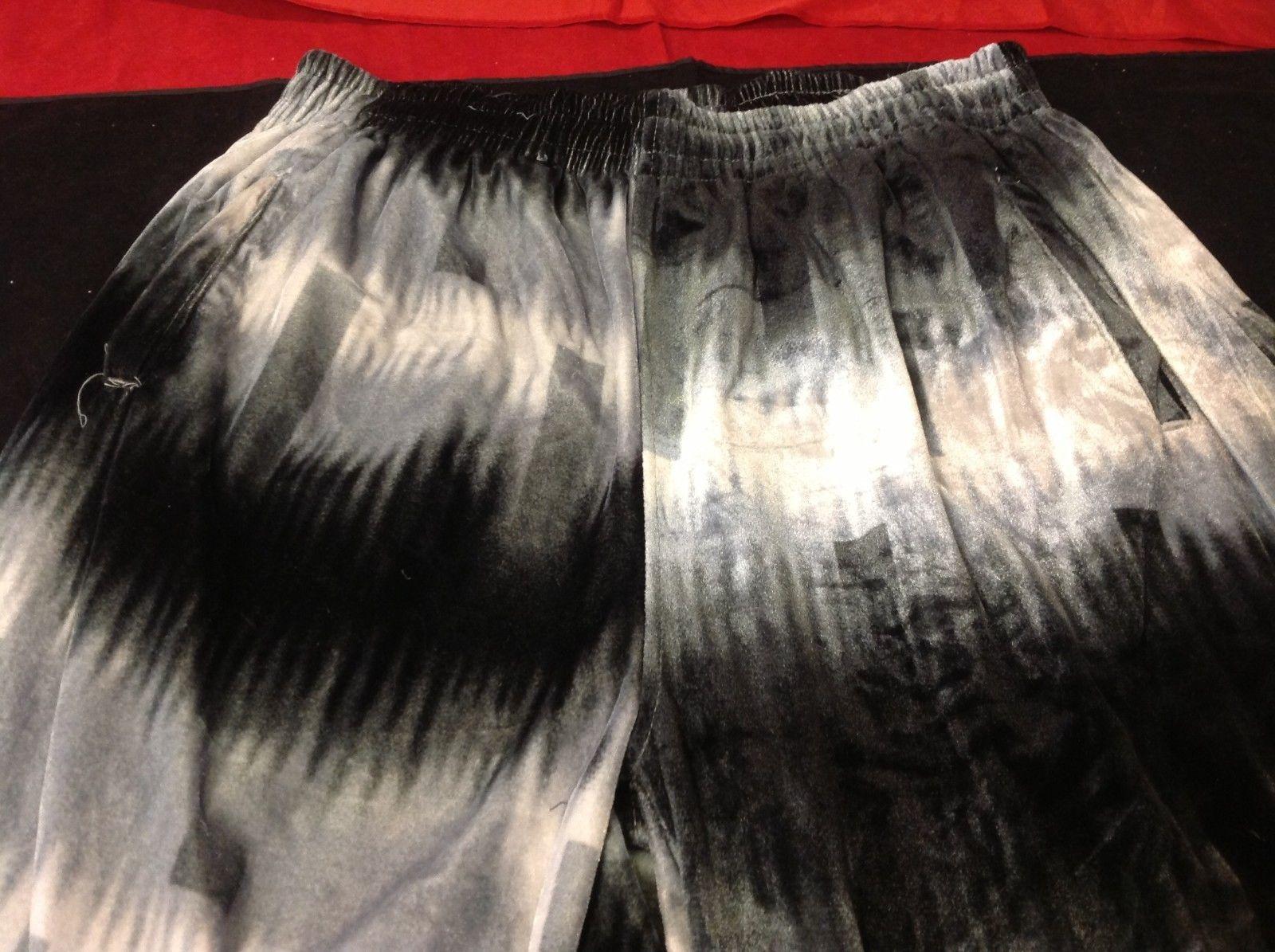 God body black grey white corduroy pants size 2XL  sweater grey size 2XL