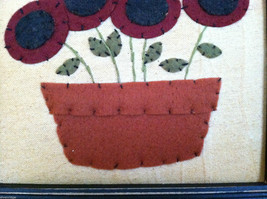 "Framed Felt Potted Fuchsia Poppy Flower picture w/ ""Faith"" Embroidered image 4"