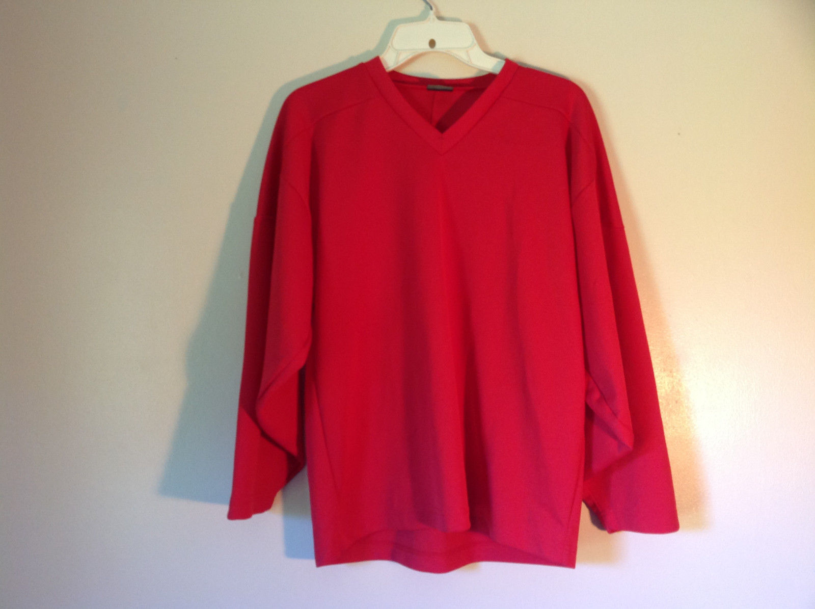 First Star Size Small Red Long Sleeve V Neck Athletic Shirt