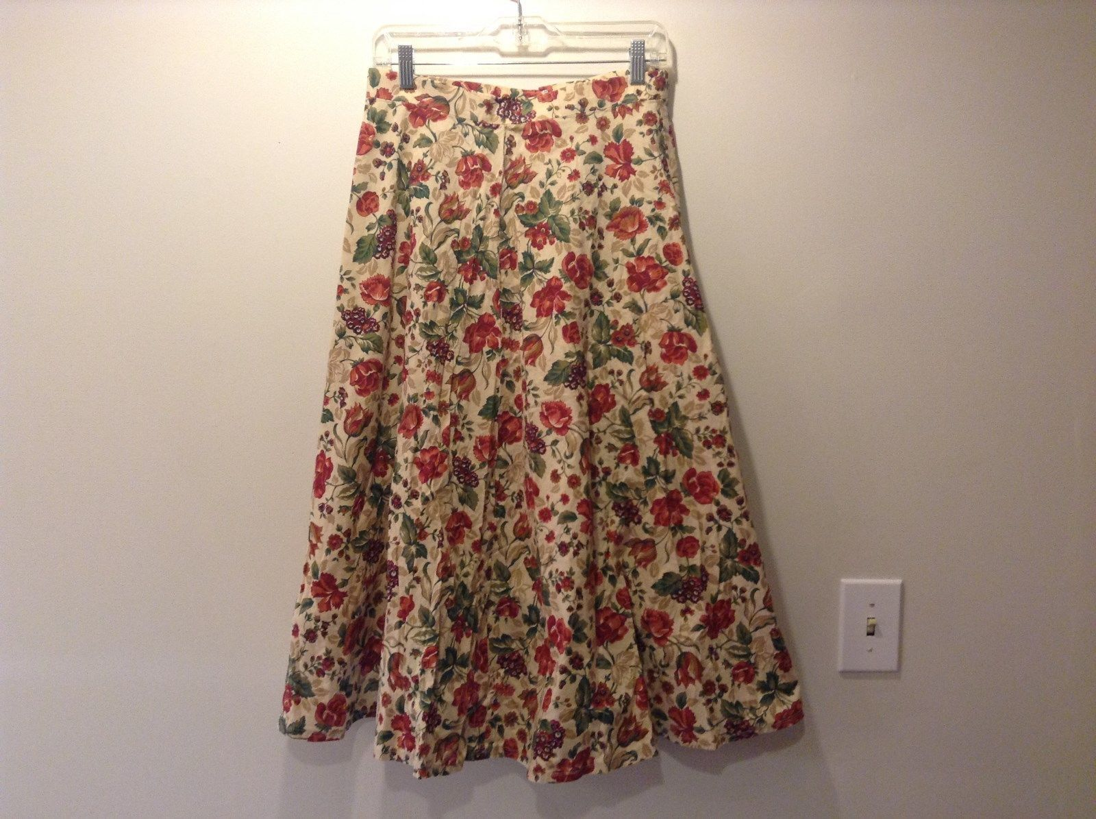 Flower Pattern Tan Skirt Free Flowing Bottom No Size Tag Measurements Below