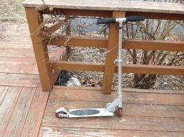 Foldable Metal Scooter Extenderable Working Brake Measurements Below