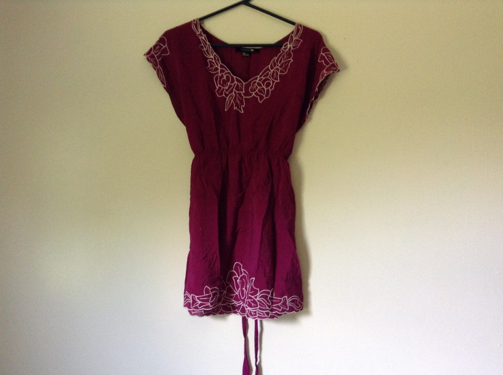 Forever 21 Dark Raspberry Color Dress with White Accent Size Small Loose Fit