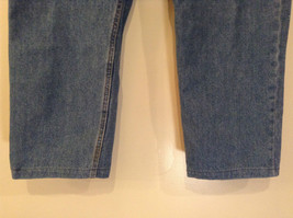 Faded Glory Size 42 by 30 Blue Jeans Front and Back Pockets 100 Percent Cotton image 5