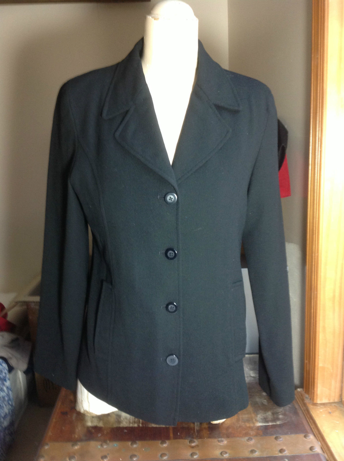 Francess Rita Long Sleeve Black Blazer 4 Button Closure Size 6