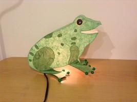 Green paper frog night light  image 1