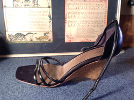 Fioni Black Wedged Heel Shoes Good Condition Ankle Straps Size 10 image 4