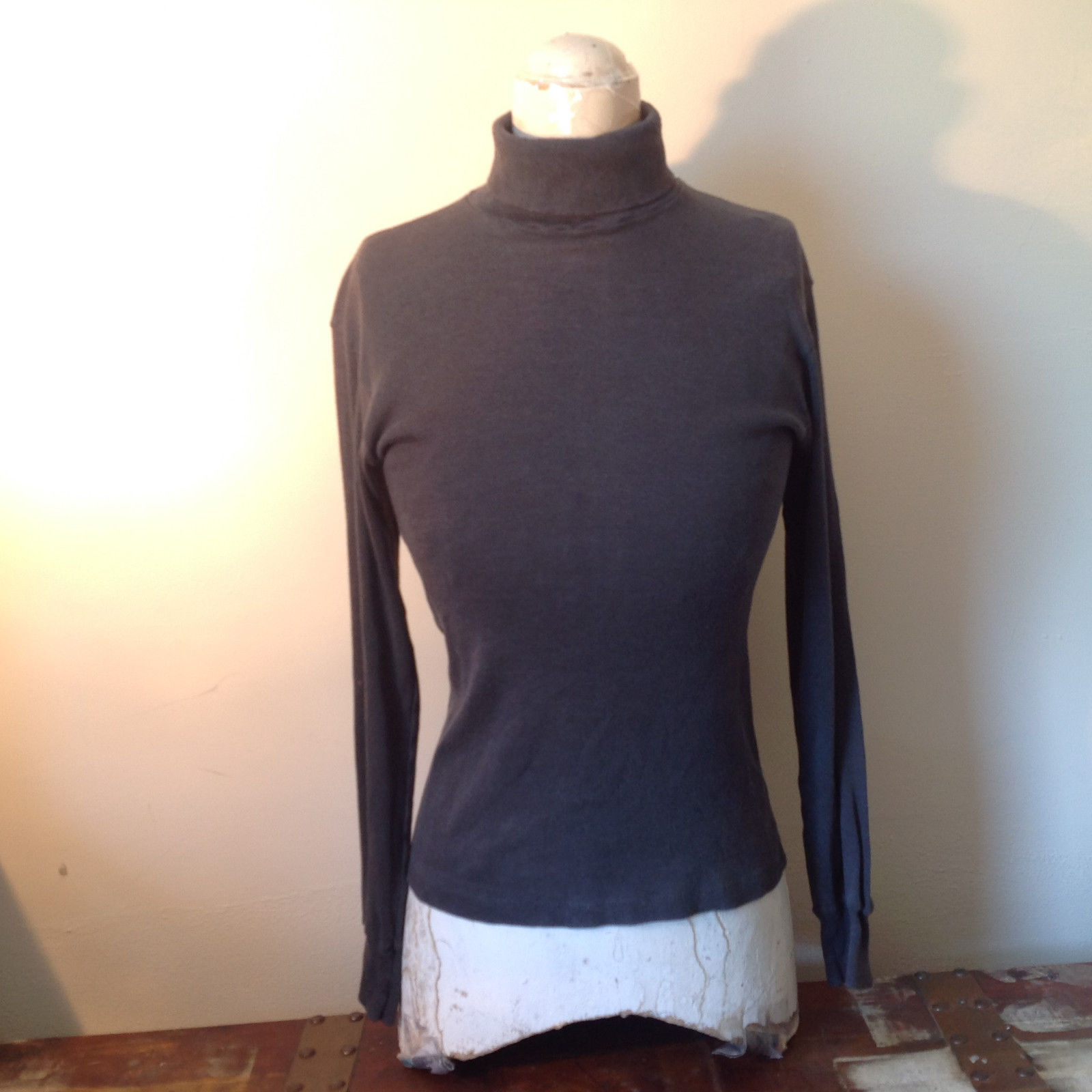 Fruit of the Loom Size Medium Long Sleeve Gray Turtleneck 50 Percent Cotton