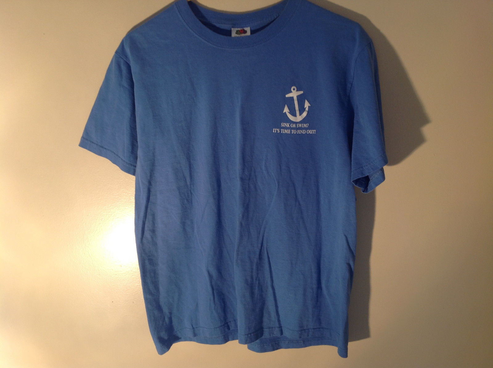 Fruit of the Loom Blue Chowder Cook Off Graphic College T-Shirt Size Medium