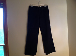 GAP Black Khaki Pants One Back Pocket Zipper Button Closure Size 2