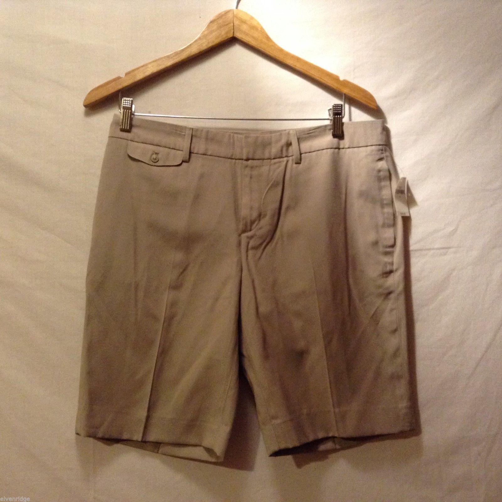 GAP Womans, Tan City Shorts, Size 6