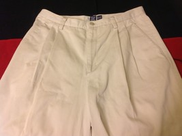 GAP Wrinkle Resistant Ladies Khaki Casual Pants Size 12 Regular