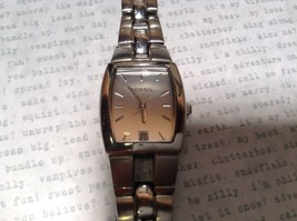 Fossil ES 1053 Watch with Date Marker Silver Tone Band image 7