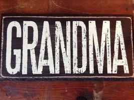GRANDMA in White Letters on Black Wooden Tile Sign Magnet