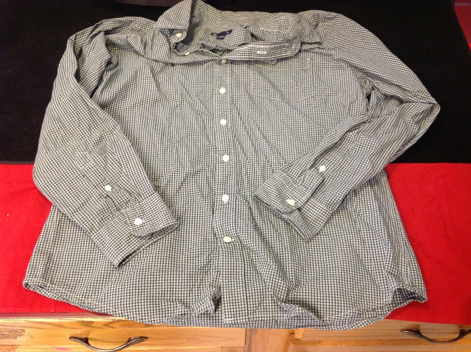 Gap long sleeve square green color size xl for man