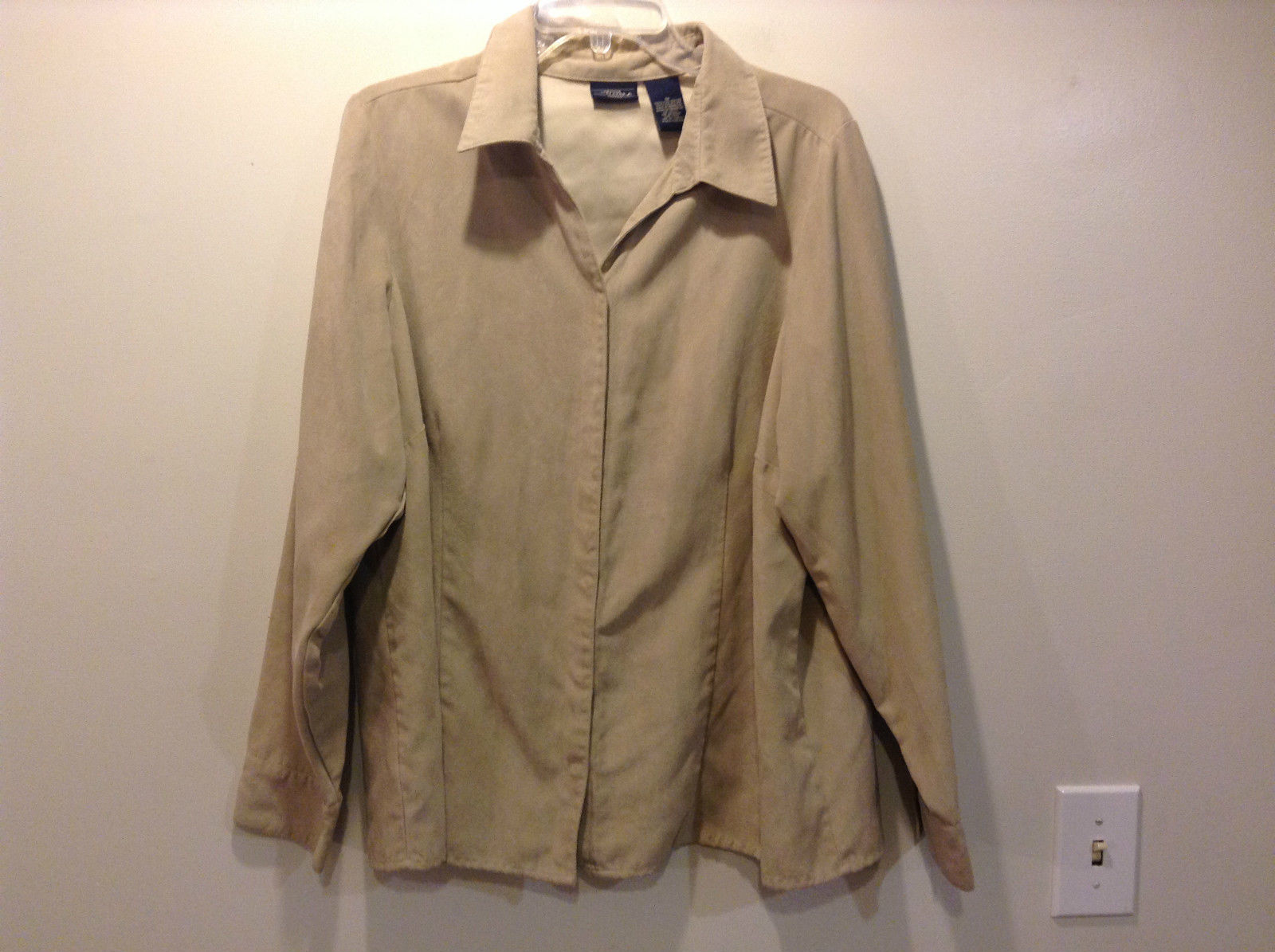 Genuine Sonoma Woman Beige Button Front Beige Jacket Button Wrists Size 1X