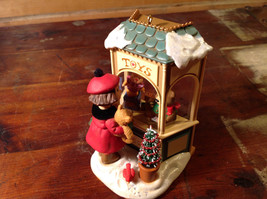Hallmark Keepsake Christmas Window 2006 Handcrafted Ornament Collectable image 2
