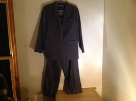 Giorgio Saint Angelo Gray Pinstriped Pant Suit 1 Button on Jacket Size 10