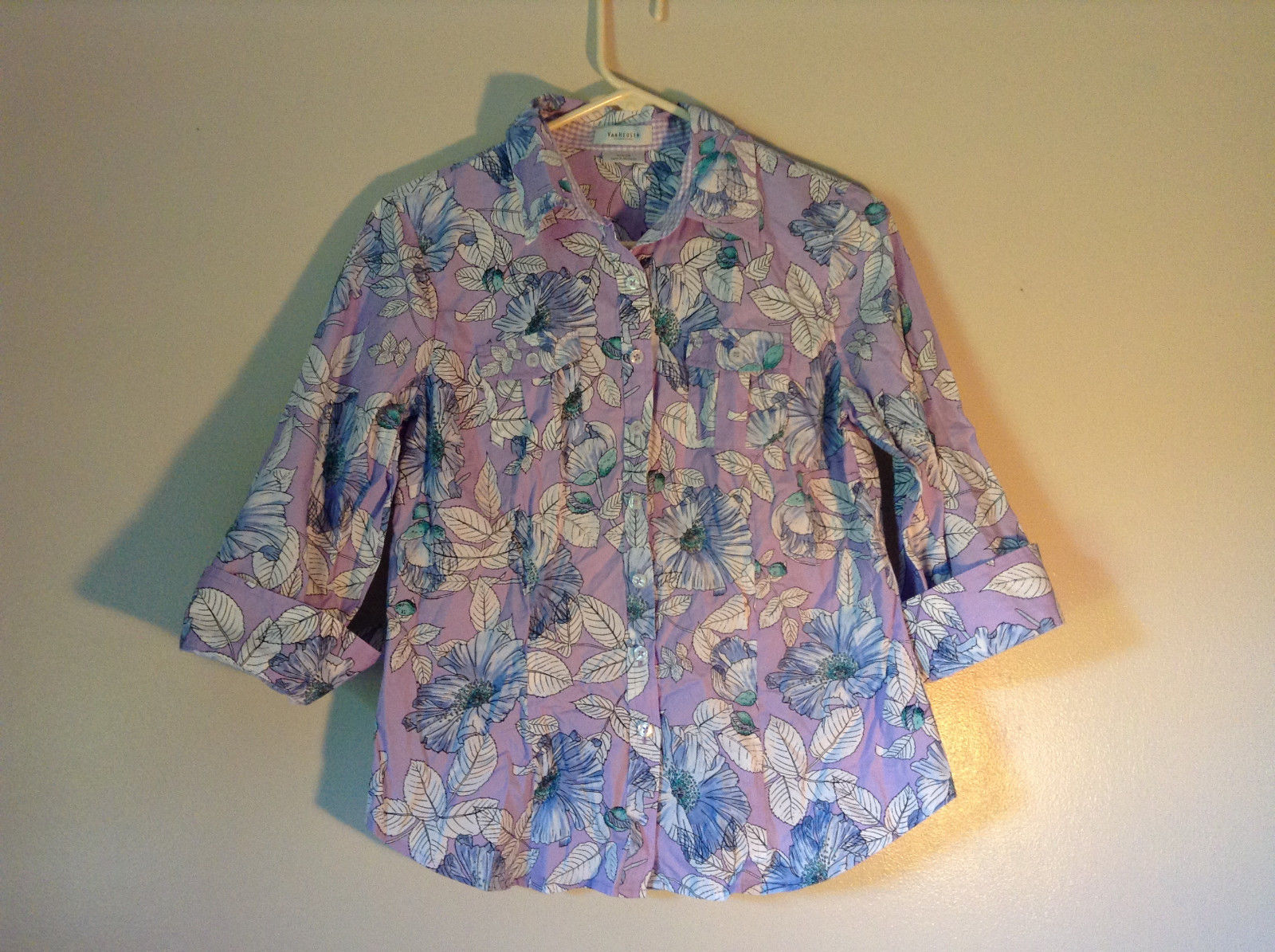 Hawaiian Style Button Down Shirt by Van Heusen Purple Two Front Pockets Size M