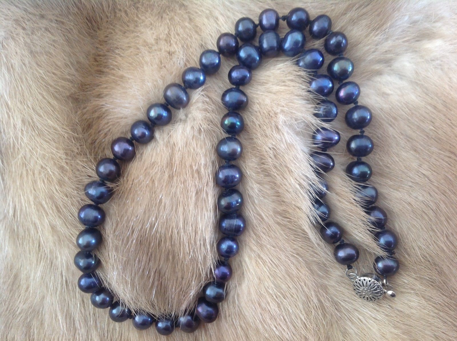 Gorgeous Black Pearl Necklace 17 Inches Long lovely mix potatoes and ringers