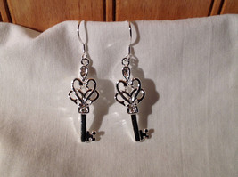 Gorgeous Silver Sterling plated  Double Heart Key Dangling Earrings