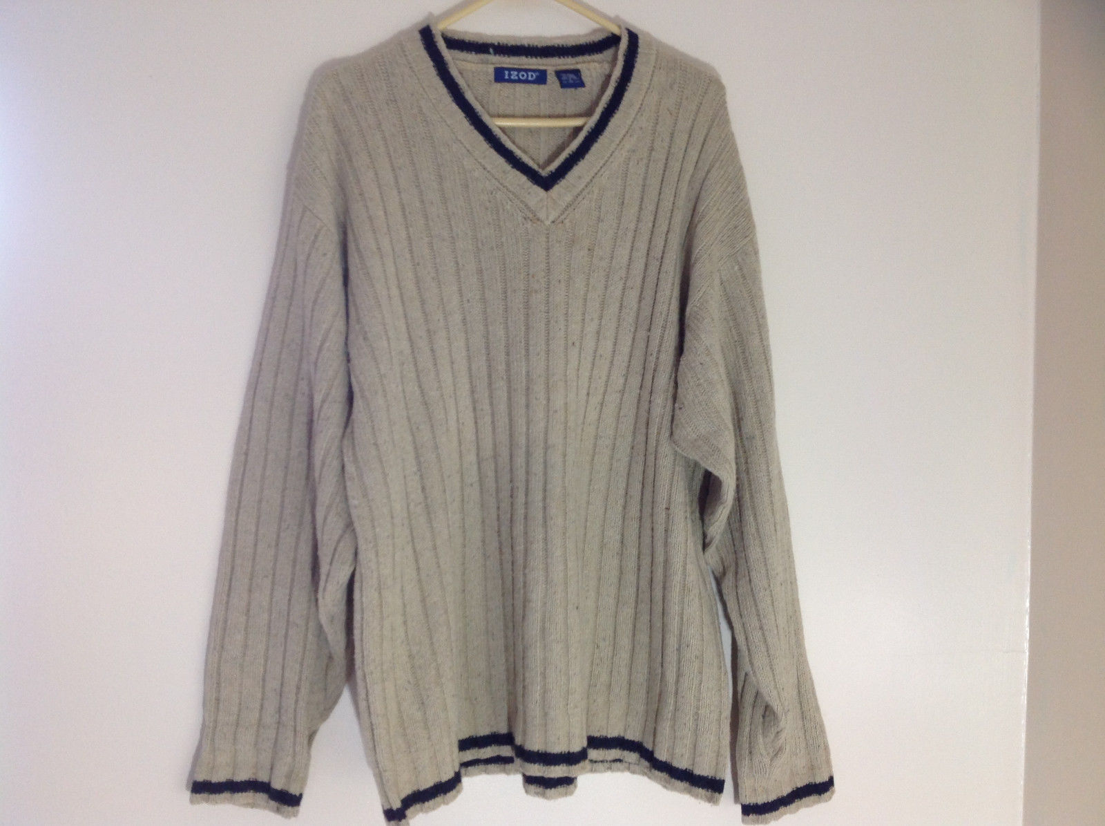 IZOD Tan V-Neckline Sweater Navy Trim Around Cuffs Neckline and Waist Size Large