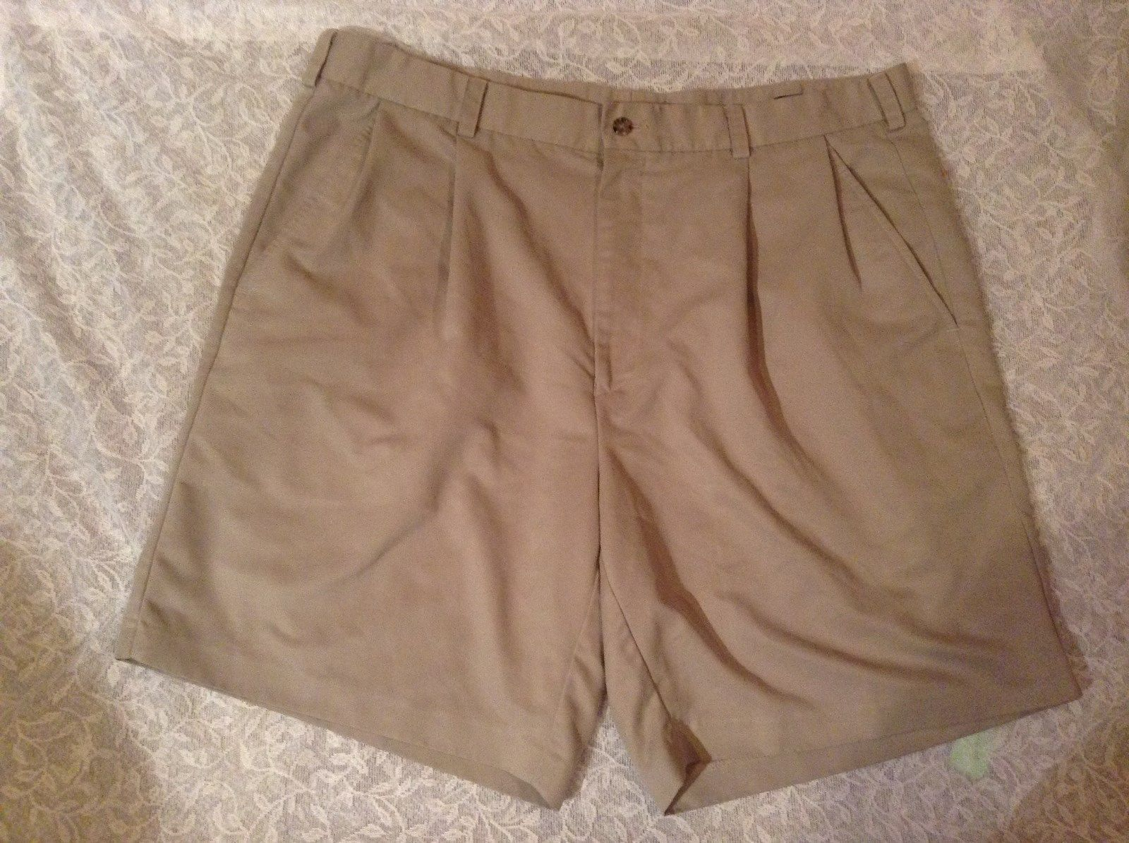 IZOD Light Brown Dress Shorts 100 Percent Polyester Pleated Front Size 38