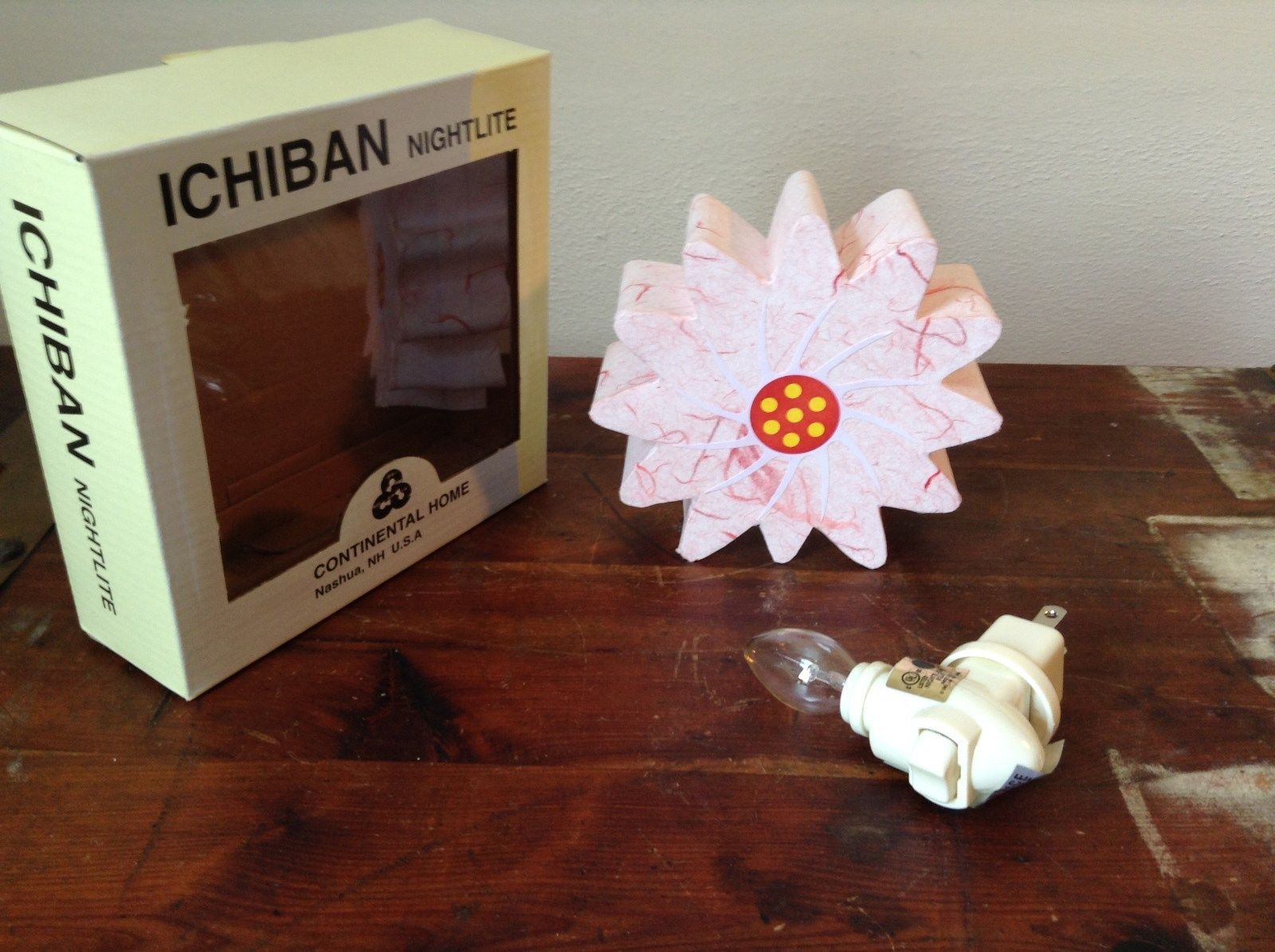 Ichiban Night Light Pink Flower Original Box US Outlet