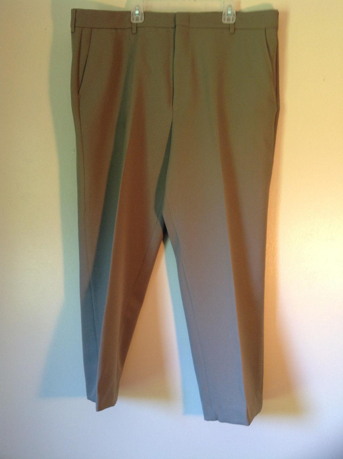 Gray Comfort Action Flex Pleated Dress Pants Size W38 L30