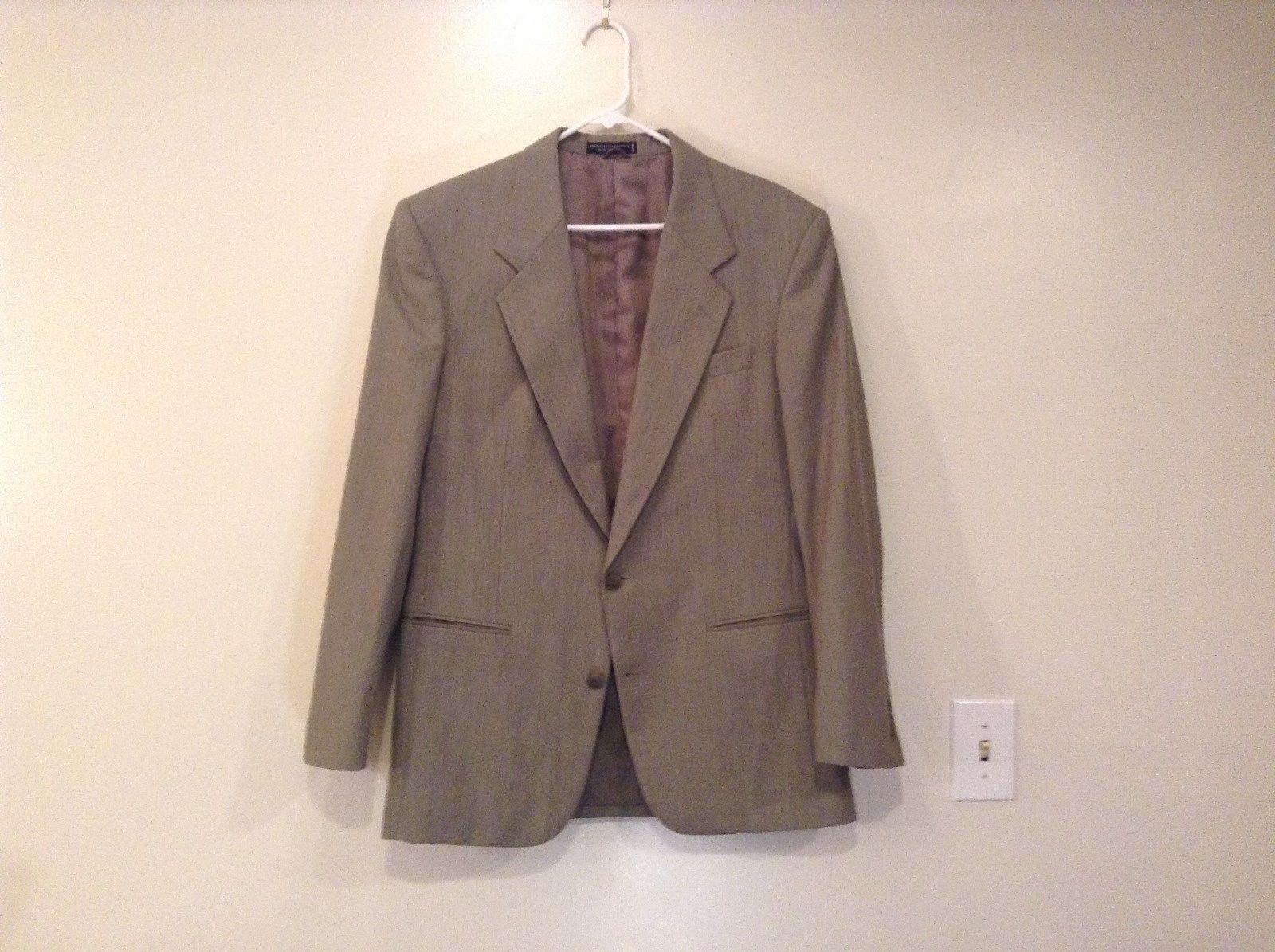 Gray European Concepts Fully Lined Sport Coat Blazer Size 40R Two Button Closure