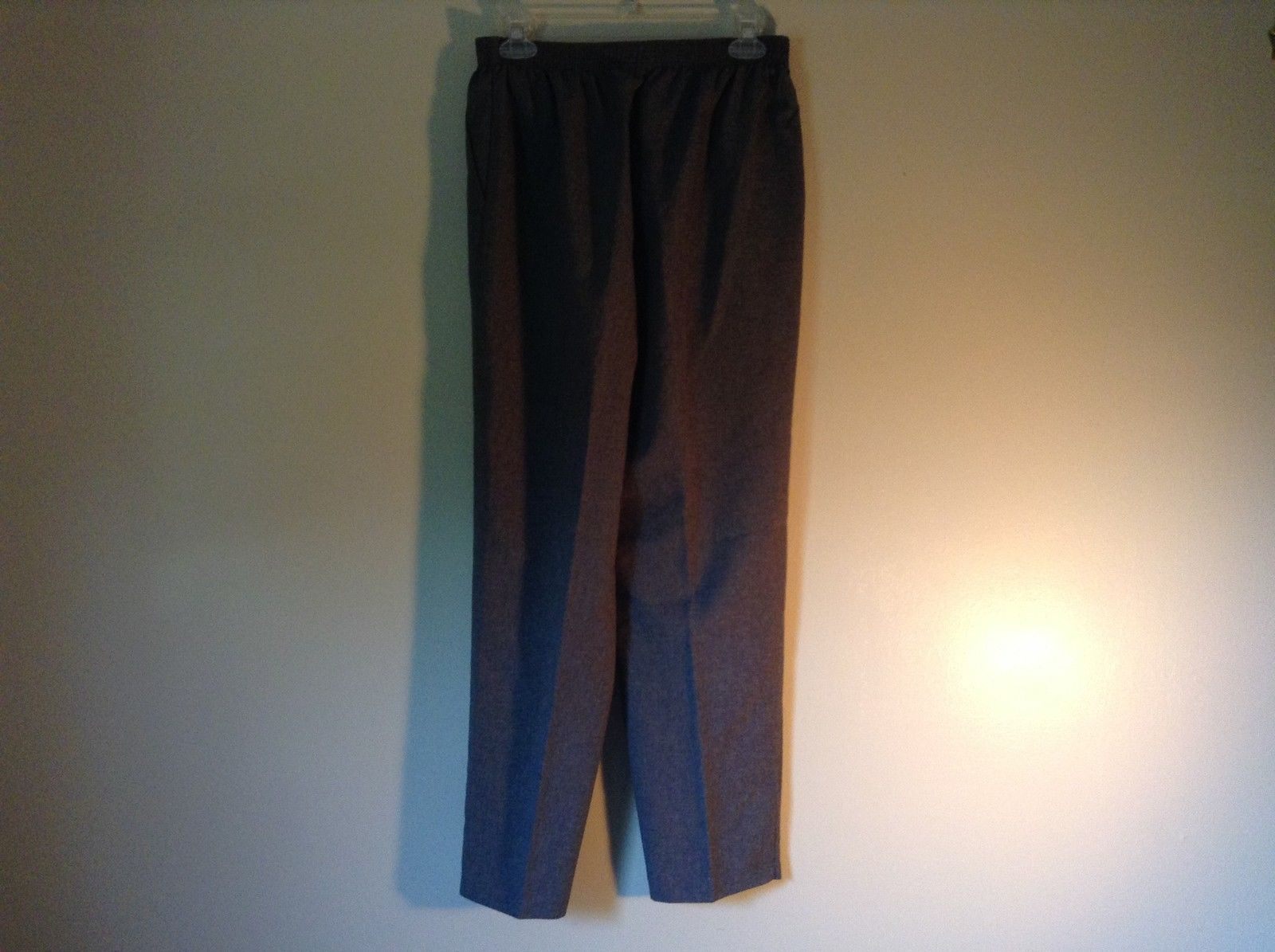 Gray Dress Pants by Liz Thomas Size 10 Stretch Waistband