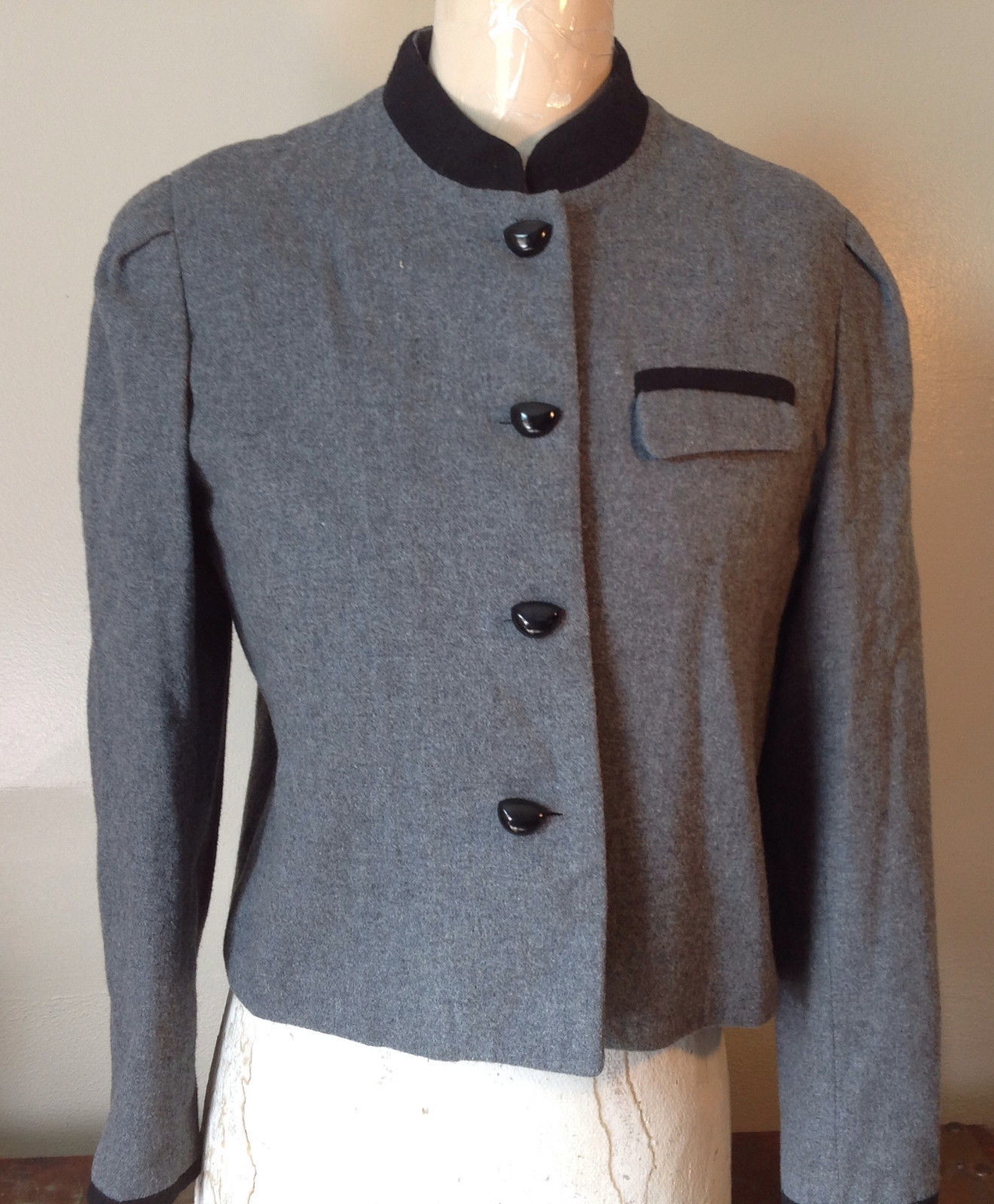 Gray with Black Accents Buttons Blazer Jacket E.H. Woods Made in Korea Size 10