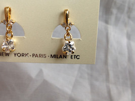 Gold Tone Drop Star Shaped Crystal Stud Earrings Stones Above Drop Part as well image 2