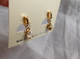 Gold Tone Drop Star Shaped Crystal Stud Earrings Stones Above Drop Part as well image 4