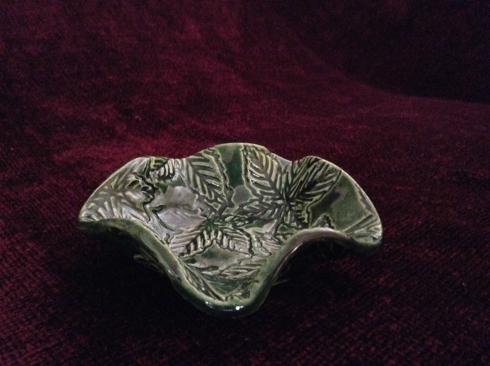 Green Decorative Candy Dish with Leaves 4 Inches by 1 inch