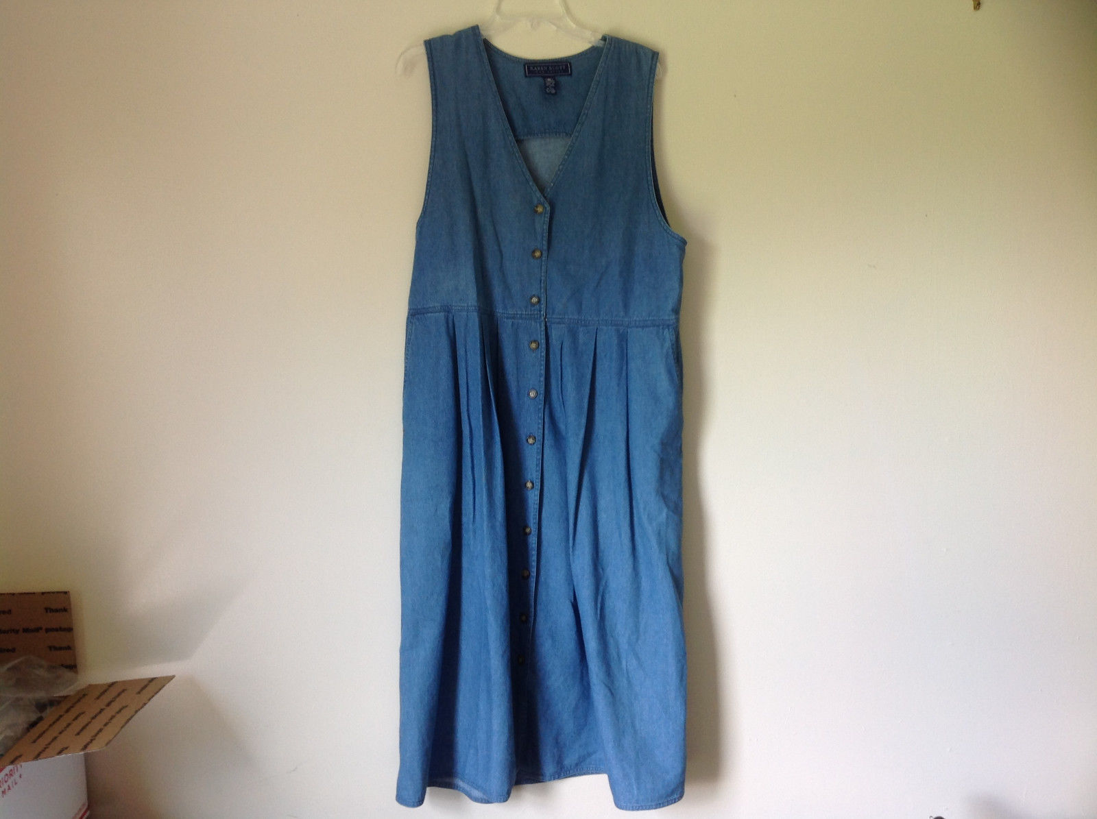 Jean Button Up Sleeveless Dress V Neckline Longer Length Karen Scott Size L