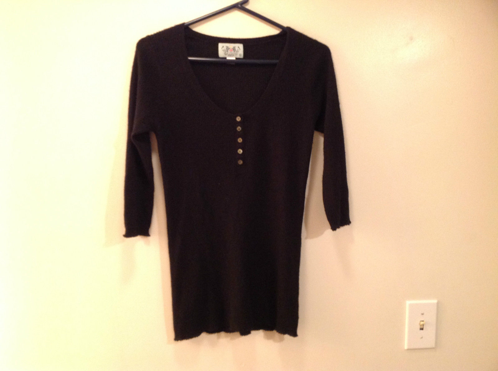 Juicy Couture Size XL Long Sleeve Black Sweater Light Material Scoop Neck