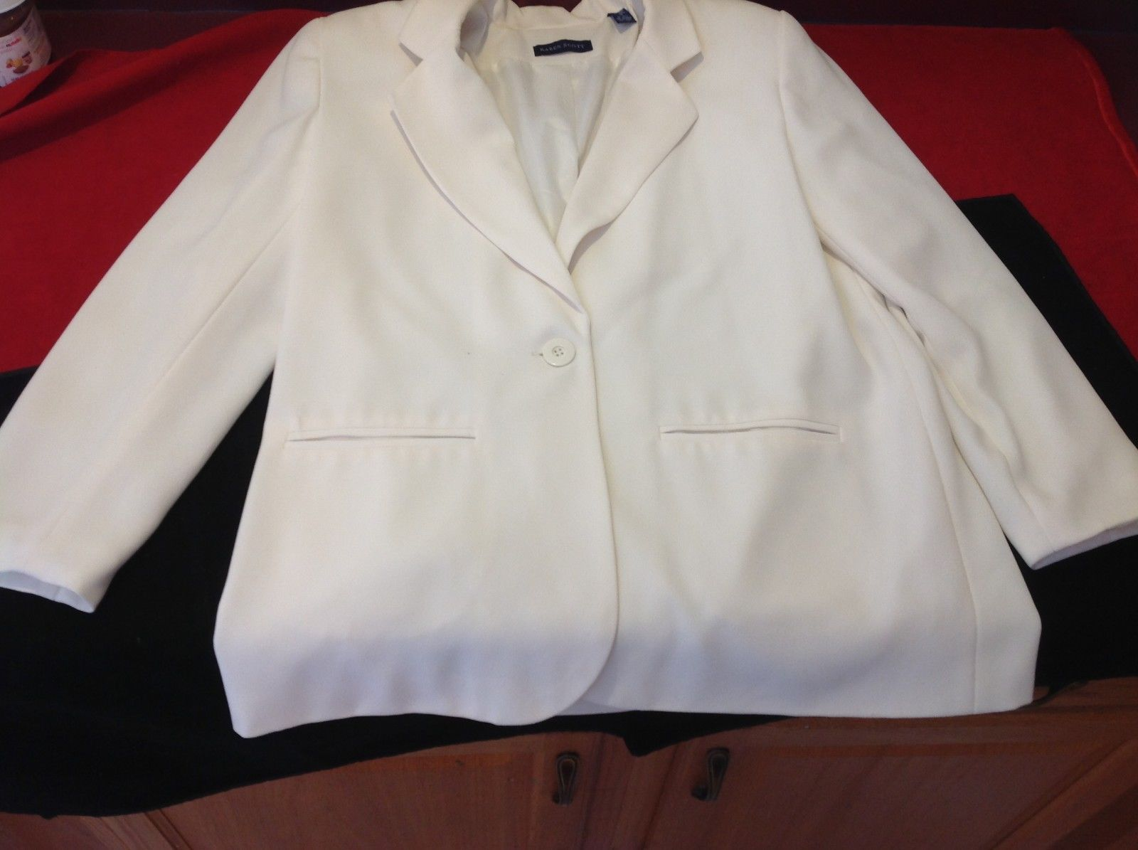 Karen Scott Women's cream blazer size 12
