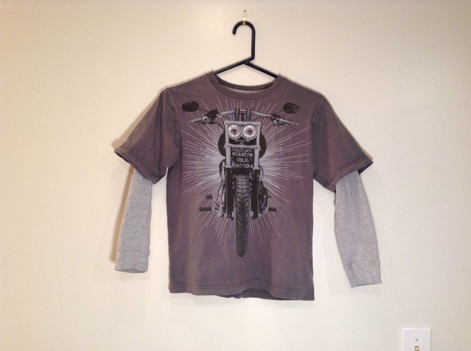 Kenneth Cole Reaction Gray Long Sleeve Graphic Shirt Size M 100 Percent Cotton