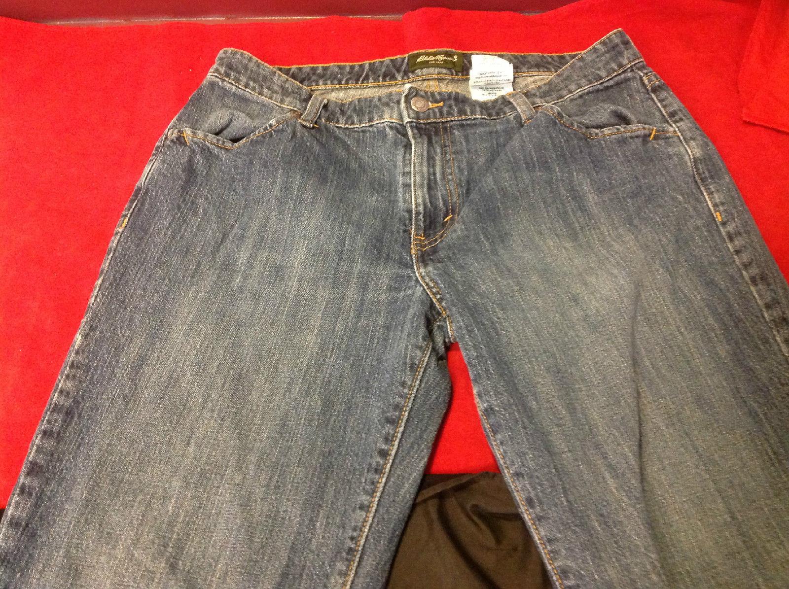 Ladies Eddie Bauer Light Denim Jeans Size 12