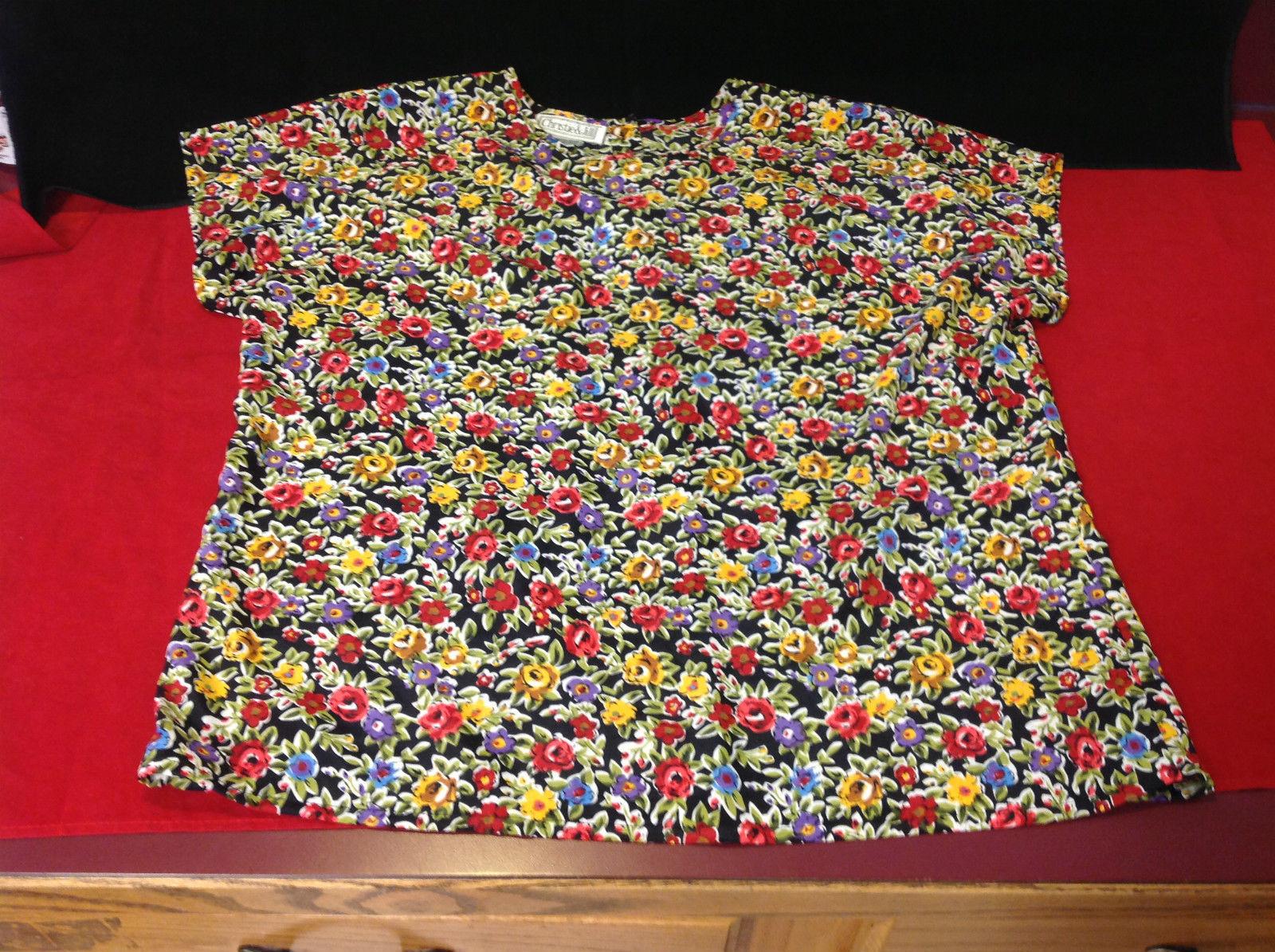 Ladies Flowered Short Sleeve Blouse Christie & Jill Size Large