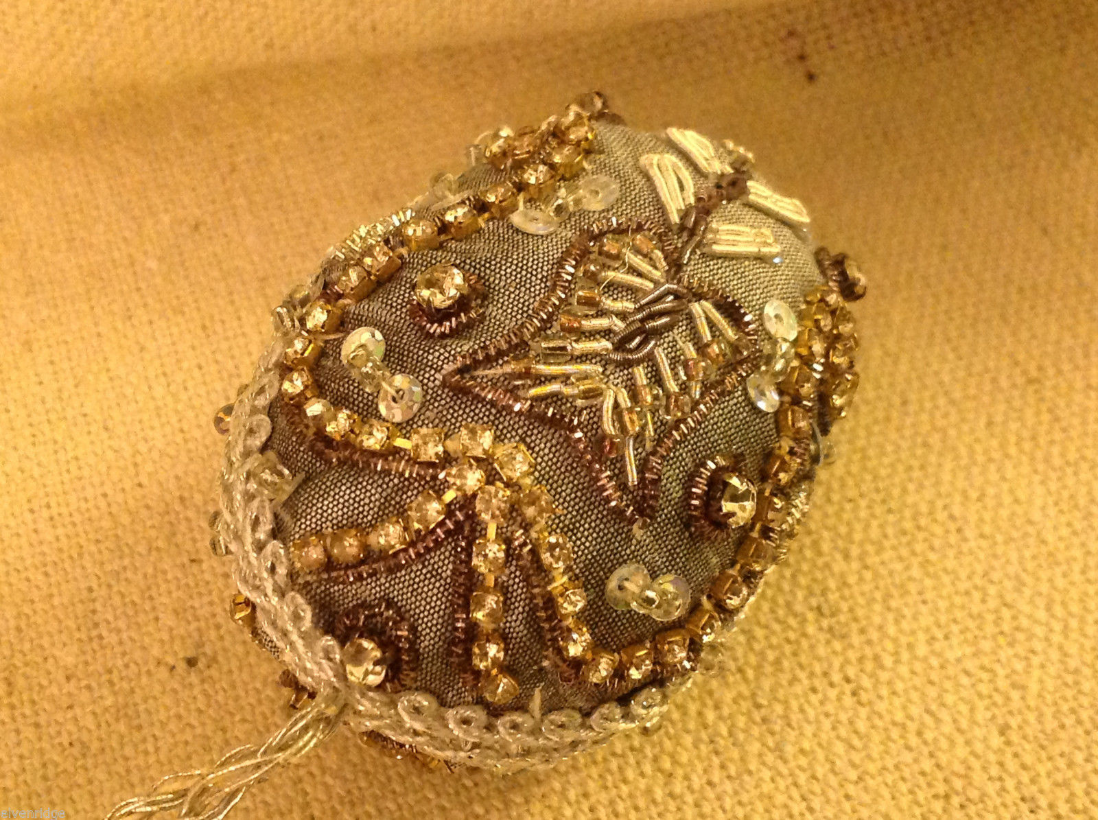 Hand beaded sequined adorned egg with raw silk in gray ornament