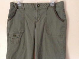 Green Cargo Capri Pants by DOCKERS Size 10 Zipper and Button Closure Pockets image 2