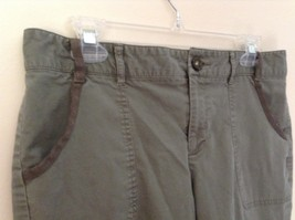 Green Cargo Capri Pants by DOCKERS Size 10 Zipper and Button Closure Pockets image 5