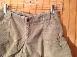 Green Corduroy Shorts Two Front Pockets Button Zipper Closure No Tags image 3
