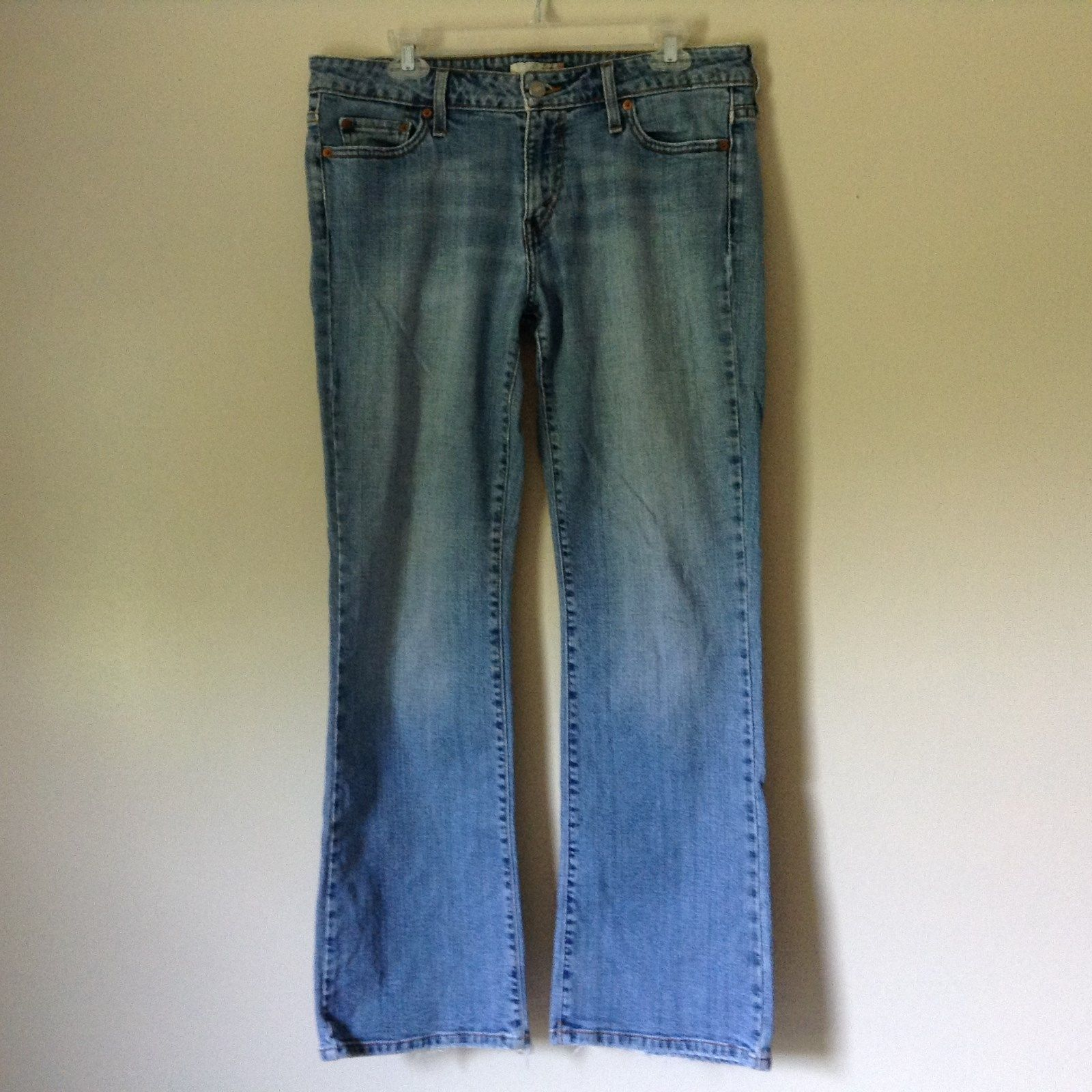 Levis Blue Jeans Front and Back Pockets Low Boot Cut Size 12 Medium