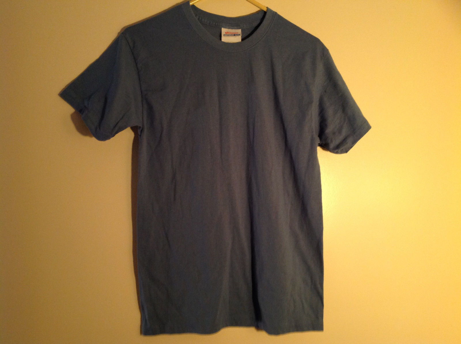 Hanes Adult Blue Short Sleeve T-Shirt Heavy Weight 50/50  Size Small