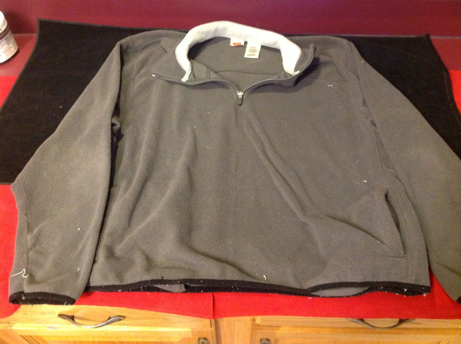 Hanes Mens Gray Pullover Sweater with Half Zipper Front Size Large 42/44