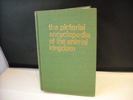 Hardcover Pictorial Encyclopedia of the Animal Kingdom 1962 V J Stanek
